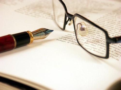 Bài luận du học Mỹ là một trong 5 tiêu chí đánh giá quan trọng trong quá trình nộp hồ sơ du học Mỹ.