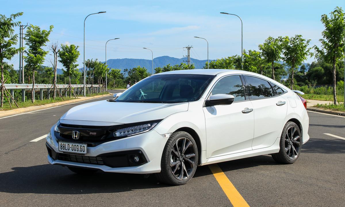 Honda Civic - nét cá tính cho khách phổ thông