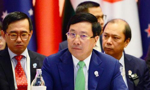 Phó thủ tướng, Bộ trưởng Ngoại giao Phạm Bình Minh (thứ hai từ trái sang)dự hội nghị ở Bangkok, Thái Lan. Ảnh: TTXVN.