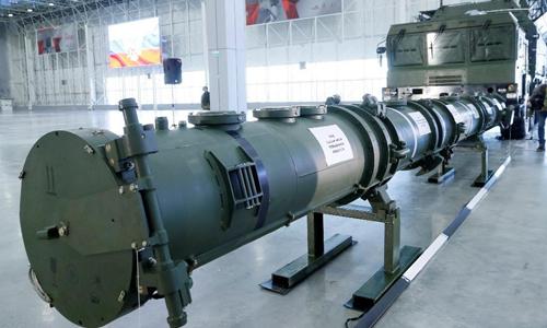Tổ hợp tên lửa 9M729 được trưng bày tại Moskva, Nga hôm 23/1. Ảnh: Reuters.