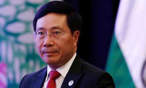 Phó thủ tướng Việt Nam Phạm Bình Minh đến dự các cuộc họp của ASEAN và đối tác tại Thái Lan từ 31/7 - 3/8. Ảnh: Reuters.