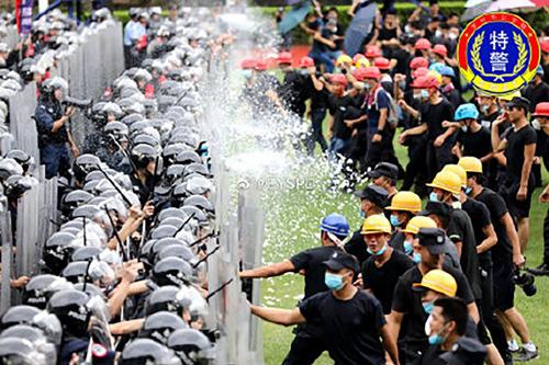 Cảnh sát chống bạo động Trung Quốc diễn tập tại Thâm Quyến hôm nay. Ảnh: Weibo.