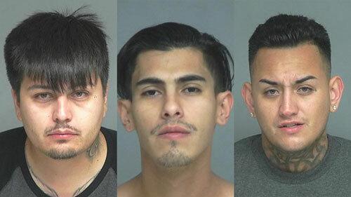 Từ trái sang: ba nghi phạm Victor Rene Larios, 29 tuổi, Jacob Alexander Ruiz, 24 tuổi và Anthony Ruiz, 27 tuổi