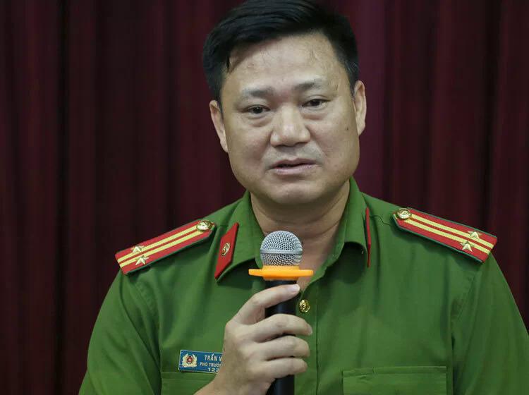 Trung tá Trần Văn Hóa, Phó trưởng Công an quận Cầu Giấy. Ảnh: Tất Định