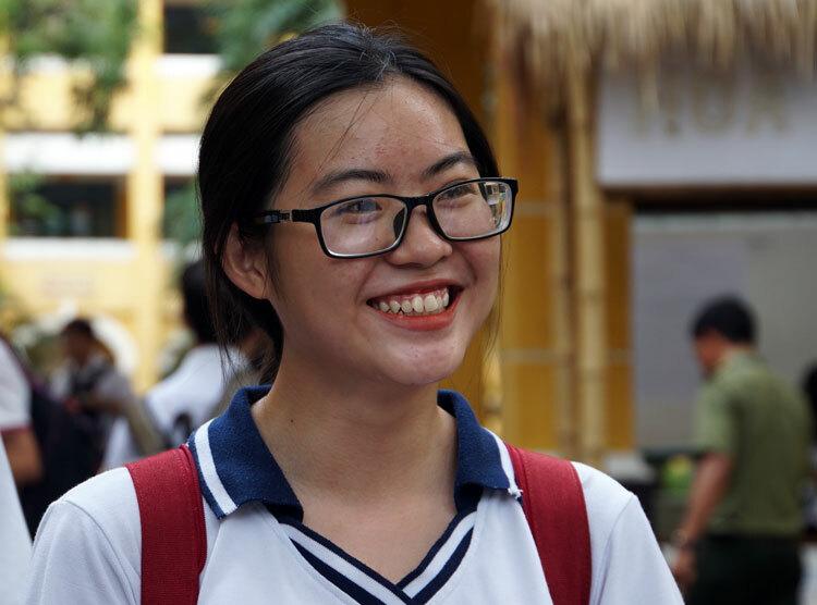 Thí sinh dự thi THPT quốc gia 2019 tại TP HCM. Ảnh: Mạnh Tùng.