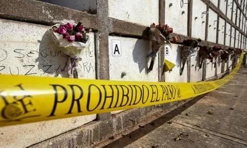 Khu tưởng niệm các nạn nhân trong một vụ thảm sát tại Guadalajara, Mexico, năm 2018. Ảnh: AFP.