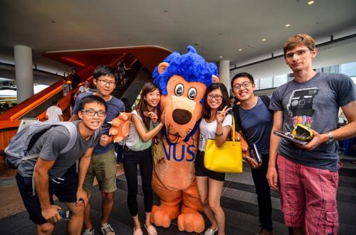 NUS tiếp tục tuyển sinh học bổng và trợ giúp tài chính bậc cử nhân dành cho các bạn trẻ Việt Nam.