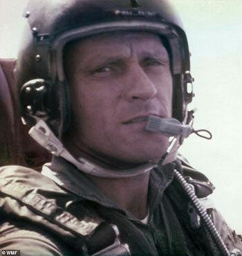 Đại tá Roy Knight Jr. Ảnh: WMF