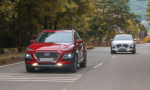 Bộ đôi Hyundai Kona lăn bánh tại Việt Nam. Ảnh: HTC