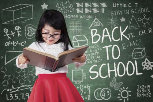 Từ 4 đến 10 tuổi là thời điểm hợp lýđể cha mẹ cho trẻ học tiếng Anh.