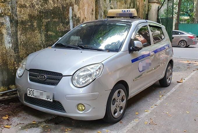 Xe taxi do tài xế Phạm Việt Kiều điều khiển. Ảnh: Sơn Phương