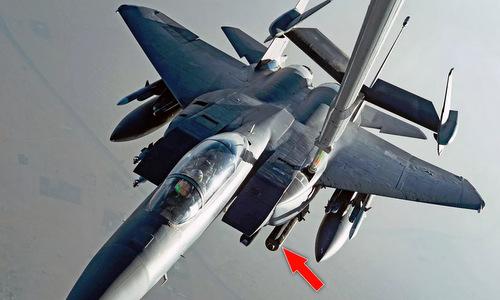 Tiêm kích F-15E mang bom WCDM trong chuyến tuần tra Vùng Vịnh cuối tháng 7. Ảnh: USAF.