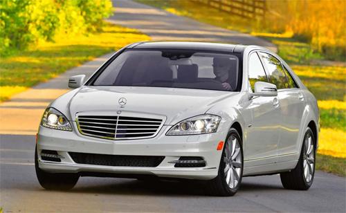 Phần mềm gian lận khí thải được lắp trên xe Mercedes C-class và E-class.
