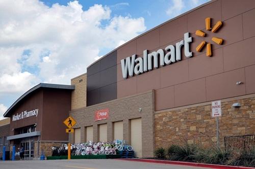 Siêu thị Walmart tại bang Mississippi nơi diễn ra vụ xả súng ngày 30/7 khiến hai người thiệt mạng. Ảnh: AP.