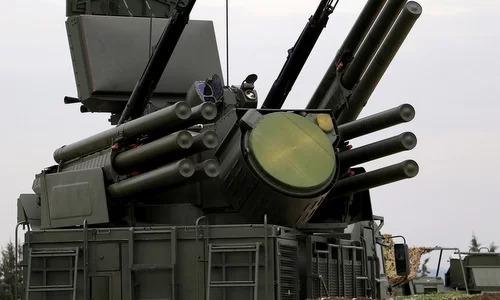 Tổ hợp Pantsir-S1 được Nga triển khai tại căn cứ Hmeymim. Ảnh: AFP.