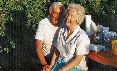 Stan và Ruth vào đầu những năm 1990. Ảnh: BBC.