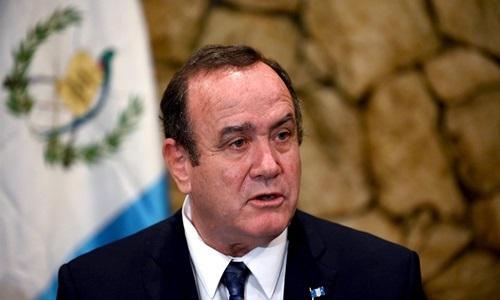 Alejandro Giammattei trong cuộc họp báo ở Guatemala ngày 31/7. Ảnh: AFP.