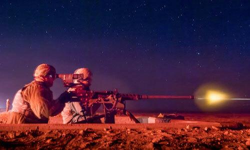 Lính Mỹ thực hiện bài tập bắn đêm ở bang Idaho tháng 11/2018. Ảnh: BQP Mỹ.