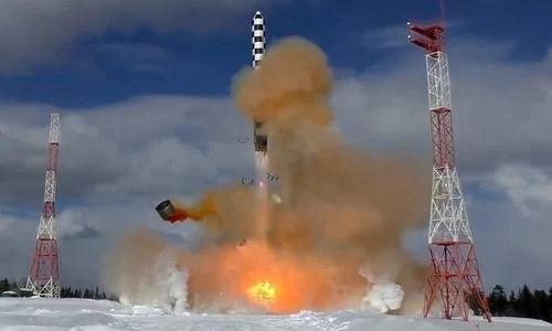 Tên lửa đạn đạo xuyên lục địaSarmat trong đợt thử nghiệm năm 2017. Ảnh: Bộ Quốc phòng Nga.