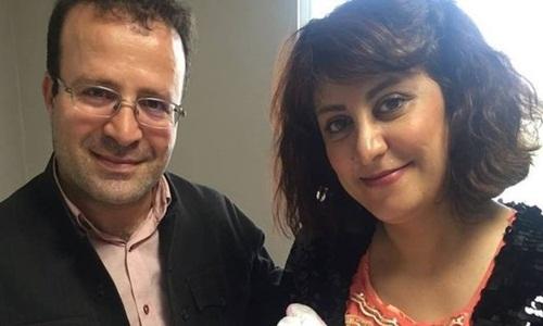 Vợ chồng học giảKameel Ahmady. Ảnh: Facebook.
