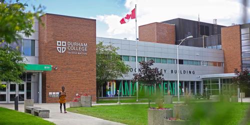 Durham là trường có tỷ lệ sinh viên ra trường có việc làm cao nhất khu vực GTA.