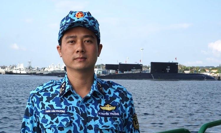 Thiếu tá Trần Văn Phương. Ảnh: NVCC