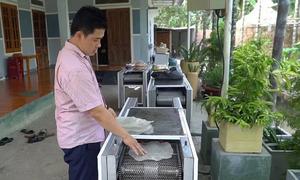 Máy nướng bánh tráng bằng tia hồng ngoại của kỹ sư Quảng Ngãi