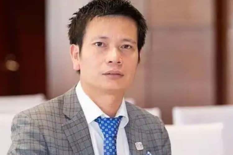 Bị can Trần Khắc Hùng trước khi bỏ trốn.