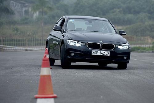 3 Series là một trong những dòng xe điển hình của BMW về cảm giác lái. Ảnh: Giang Huy.