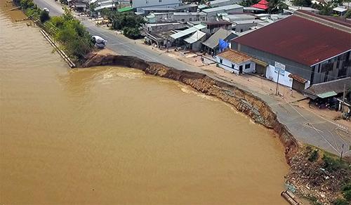 Khu vực sạt lở quốc lộ 91 ngày 21/8. Ảnh: Nguyễn Quốc