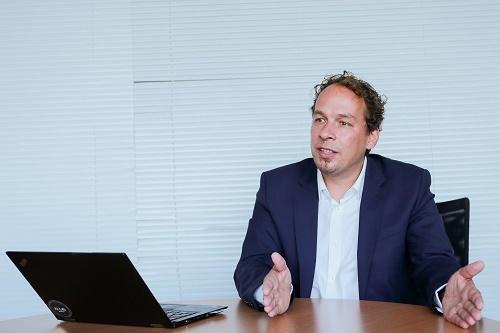 Ông Ulli Waltinger - Giám đốc công nghệ Phòng thí nghiệm AI của Siemens AG