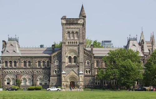 Một góc Đại họcToronto, nơi thu hút sinh viên quốc tế. Ảnh:Katherine Holland/CBC