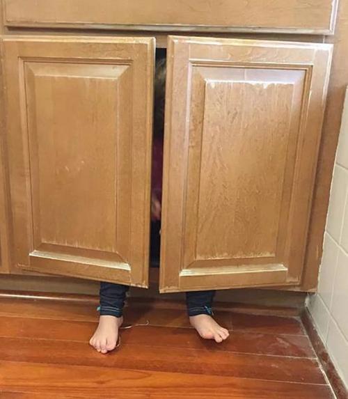 Chỉ tại cái tủ nhỏ thôi.