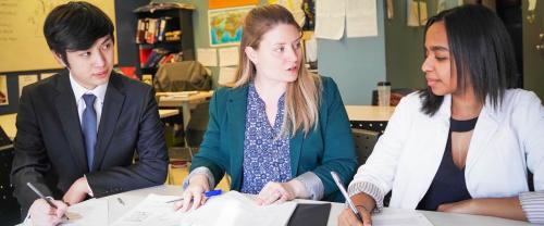 Học tập tại Canadatừ sớm, các bạn trẻ sẽ lớn lên trong một môi trường nhân văn, công bằng, thanh bình.