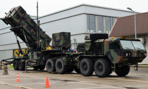 Xe phóng đạn thuộc tổ hợp Patriot của Mỹ đặt tại Đức. Ảnh: US Army.