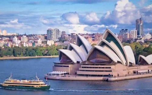 Australia có chi phí học tập khá đắt đỏ.Ảnh: Scholarship-Positions