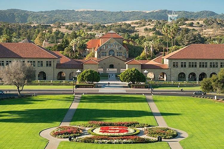 Khuôn viên Đại học Stanford. Ảnh: College Consensus