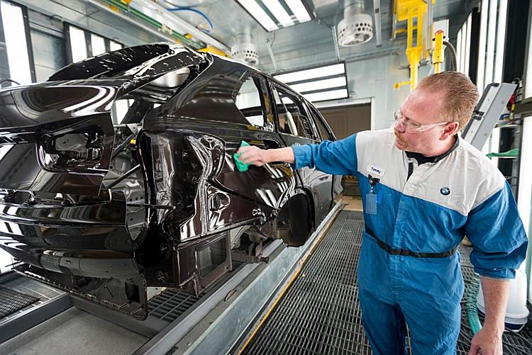 Bên trong nhà máy Spartanburgsản xuất xe của BMW tại Mỹ. Ảnh: Carscoops