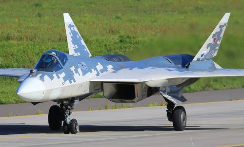 Tiêm kích Su-57 bay tập trước ngày khai mạc MAKS 2019. Ảnh: Russian Planes.
