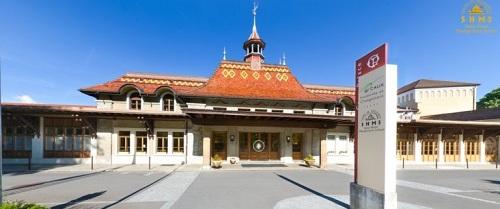 Học viện SHMS (Thuỵ Sĩ) nhìn từ video 360 độ.