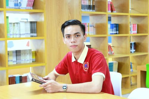 Cậu học trò từ bỏ đại học Y khoa để theo đuổi đam mê tại SIU