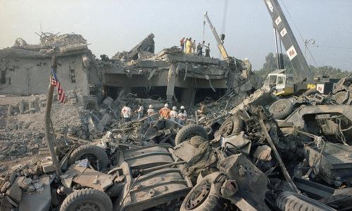 Hiện trường đổ nát sau vụ đánh bom ngày 23/10/1983. Ảnh: Wikipedia.