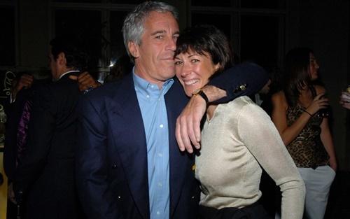 Epstein và Maxwell hồi năm 2005. Ảnh: Telegraph.