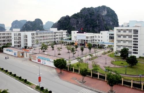 Trường THPT chuyên Hạ Long, nơi xảy ra sự việc. Ảnh: Lan Anh