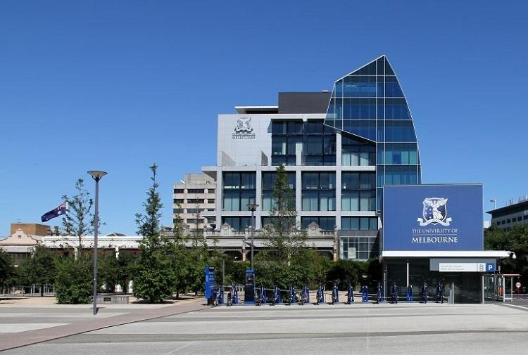 Đại học Melbourne. Ảnh: Alan Gilbert