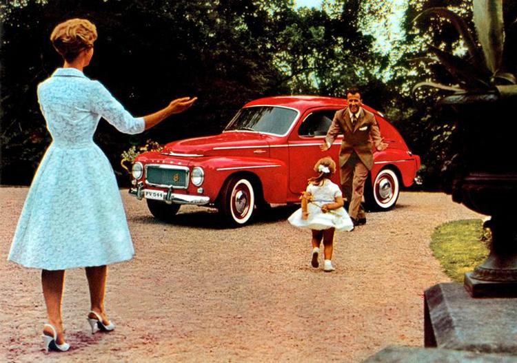 Volvo PV544, mẫu xe đầu tiên trang bị đai an toàn 3 điểm. Ảnh: Volvo