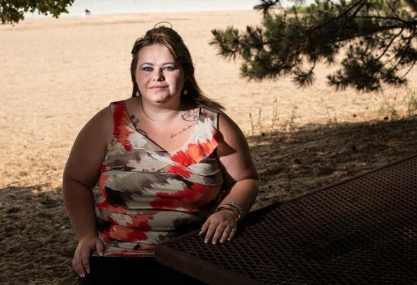 Tiffany Gordon quyết không bỏ con dù người thân can ngăn. Ảnh: Mother Jones.