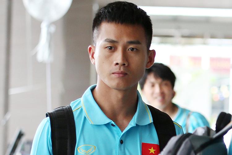 Hà Minh Tuấn tại khách sạn nơi tuyển Việt Nam đóng quân tại Bangkok. Ảnh: Đức Đồng