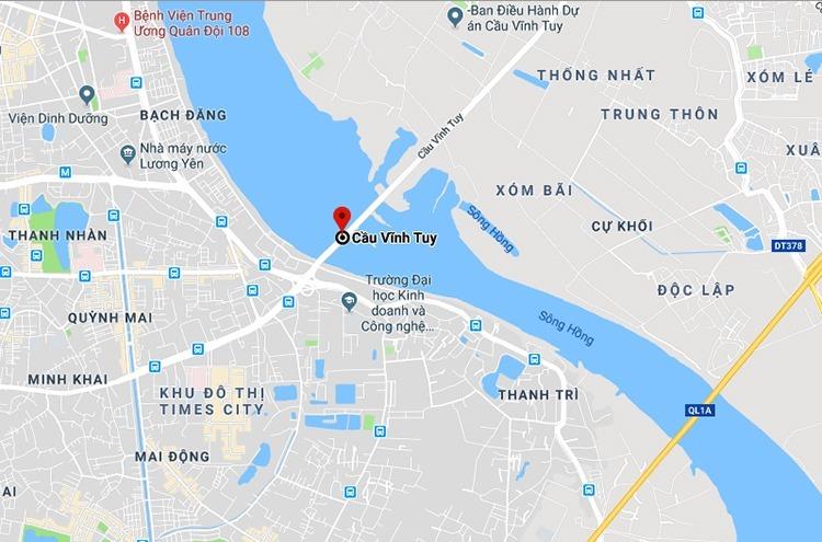 Cầu Vĩnh Tuy nằm trên đườngvành đai 2, nối trung tâm thủ đô với các quận Long Biên, Gia Lâm và Quốc lộ 5.
