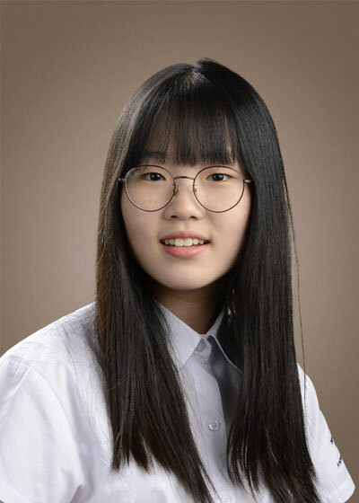 Kim YeonOO (Khối 11) ghi dấu ấn trong kỳ thi Trung học Quốc tế IGCSE với 9 điểm A* cho tất cả 9 môn học em đăng ký.